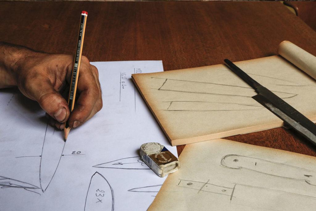 Costruzione coltelli artigianali - L Cotel di Gioel Terlizzi - disegno - Alba Coltelleria