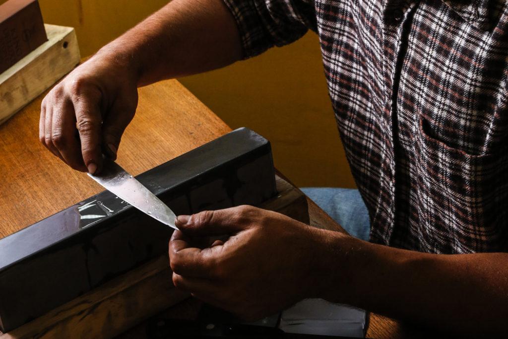 Servizi di affilatura lame e coltelli - L Cotel - Alba coltelleria